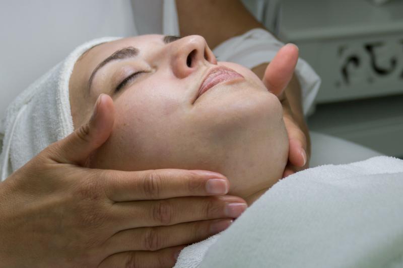 SINLINEA - Haut pflegen - verbessern - erhalten